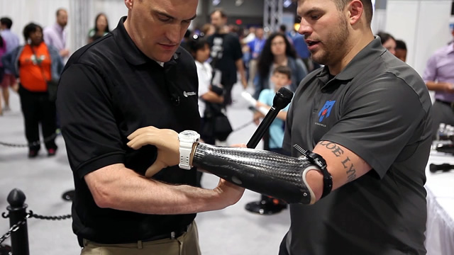 Staff Sergeant Travis Mills Explains the Workings of his Prosthetics